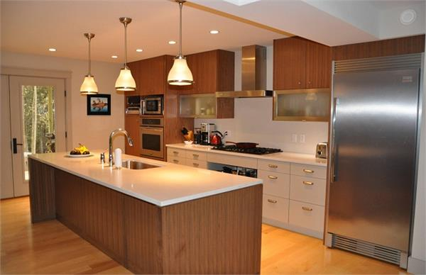 किचन की खूबसूरती बढ़ा देंगे ये रंग