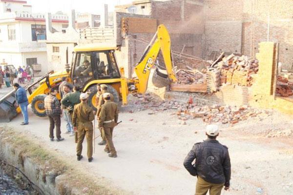 jmc demolishes illegal constructions