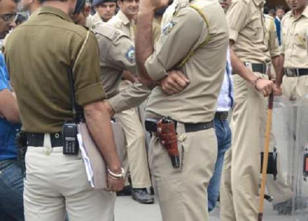 police jawans vacate leave