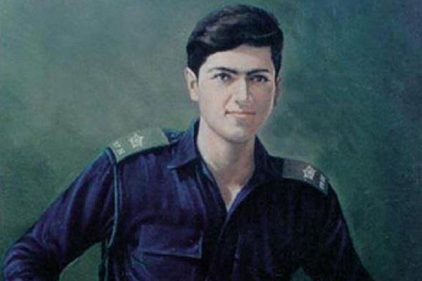 Image result for युद्ध के नायक वाइस का