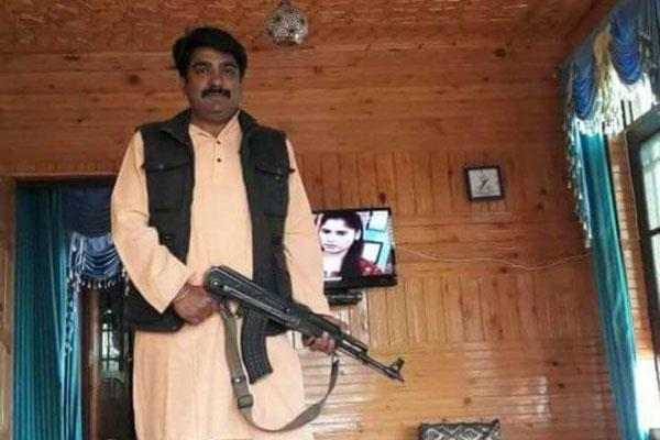 bjp leader ashish sareen seen with ak 47