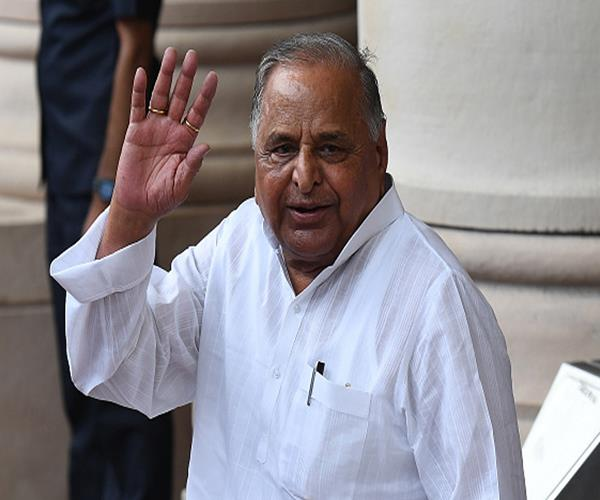 mulayam singh from cm yogi a stir in political corridor