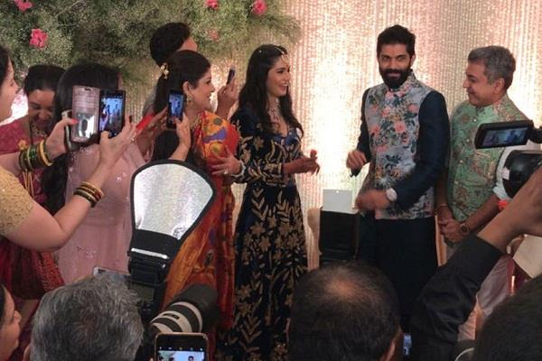 raj thackeray  s son amit will marry fashion designer mitali