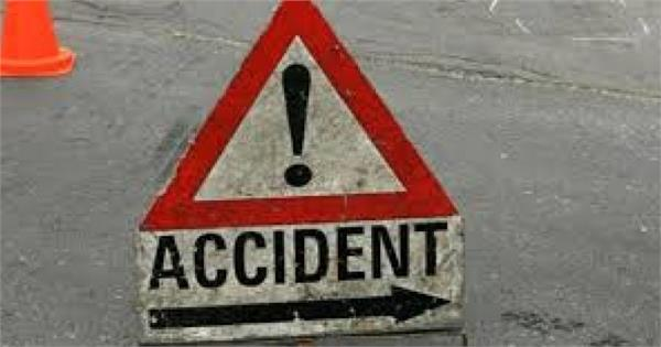 5 dead in road accident