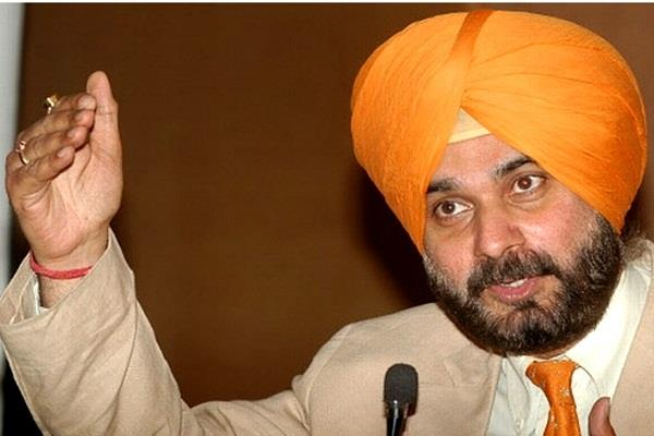 center should raise issue of sikhs in pakistan seriously sidhu
