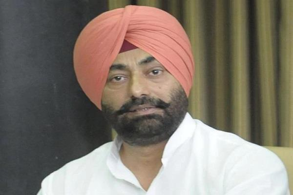 aap are the leader of the leader sukhpal khaira mohindra kaur