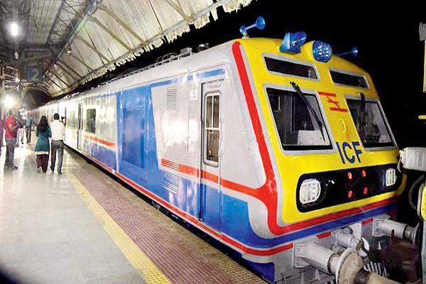 first ac local train will run in mumbai