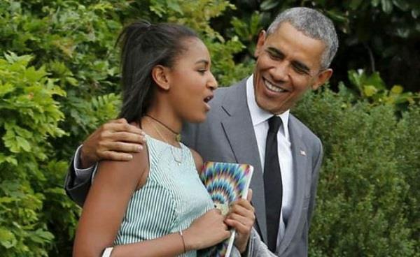 daughter sasha was where during obama farewell speech