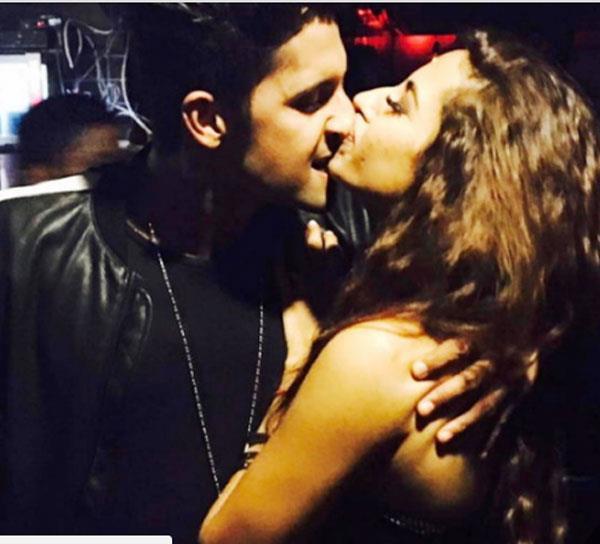 ravi dubey   sargun mehta s adorable kiss