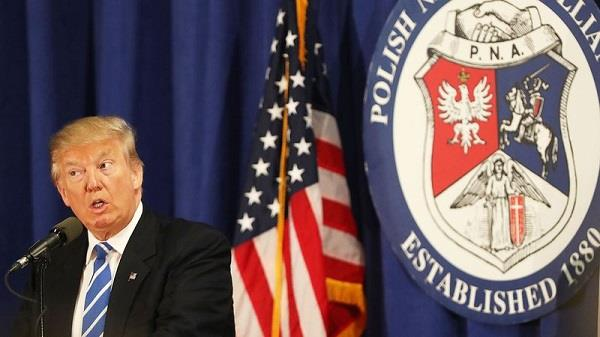 trump has the right to ban immigrants poland
