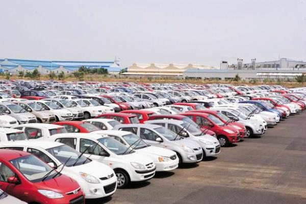 buy car on heavy discount