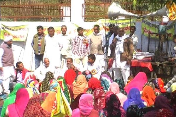 khanak worker protest