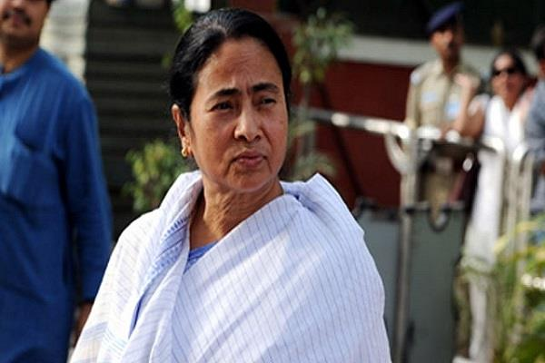mamata alleges  giving the government threatened to cbi probe