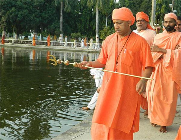 opposition against the yogi adityanath became assertive