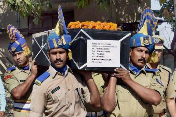 paramilitary forces say no to holi as tribute to slain crpf men