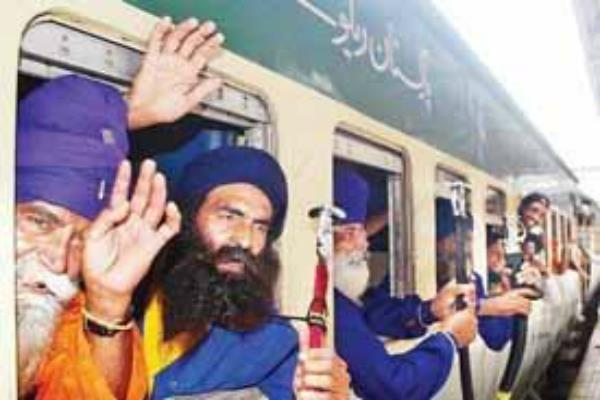 the indian sikh pilgrims have arrived to celebrate pakistan
