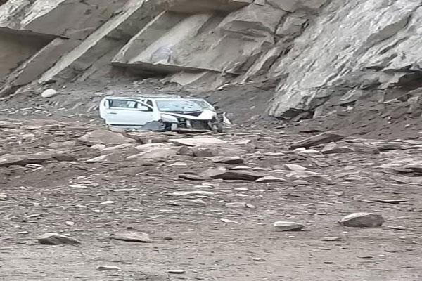 landslide near kishtwar  2 dead and 2 injured