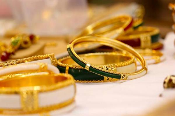on sale of gold on akshaya tritiya will increase by 30