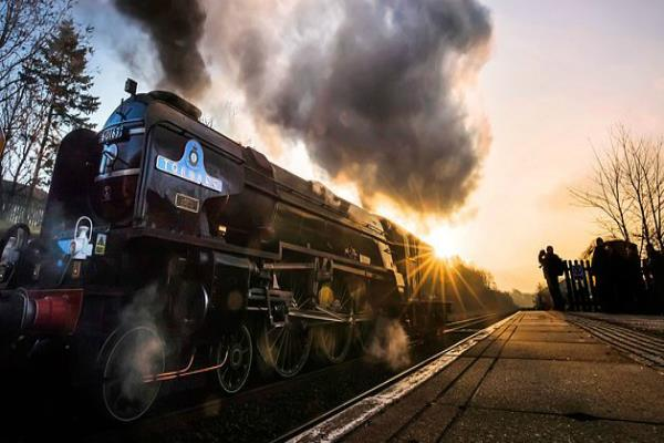 steam train hits 100mph on main line for first time in 50 years