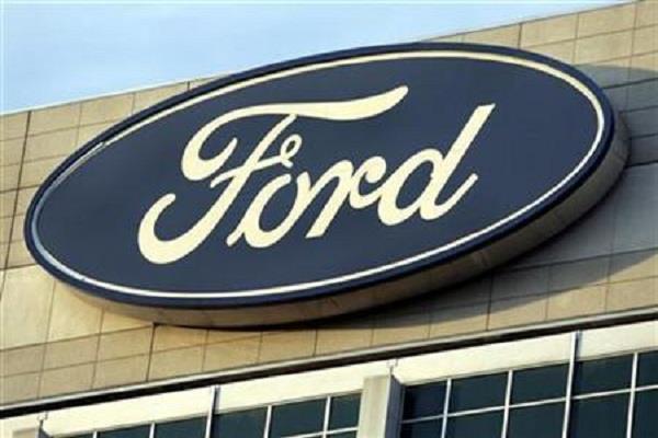 ford recalls 52 600 trucks