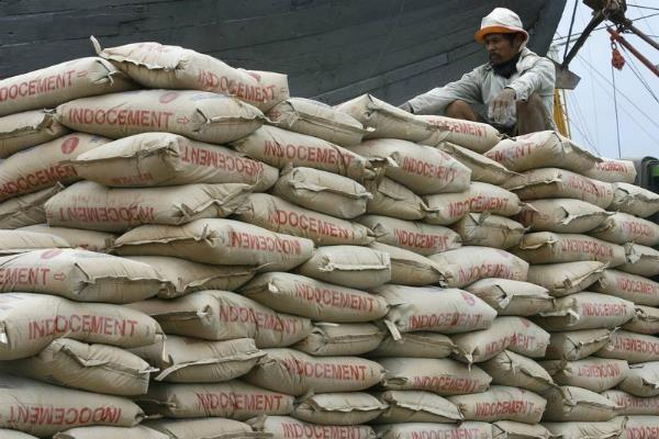 credai charged on cement companies