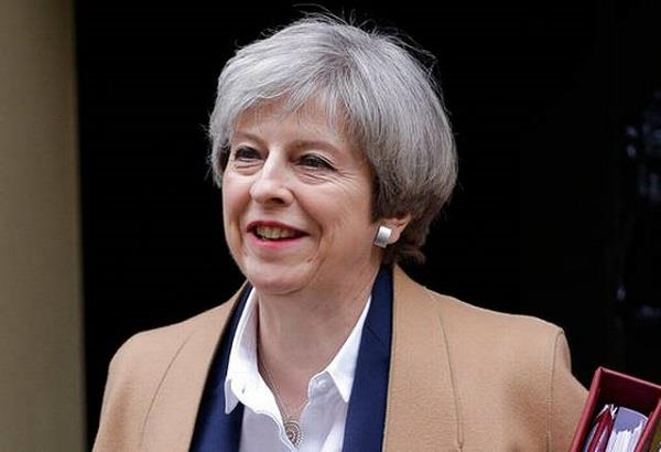 british prime minister announces she will seek early election