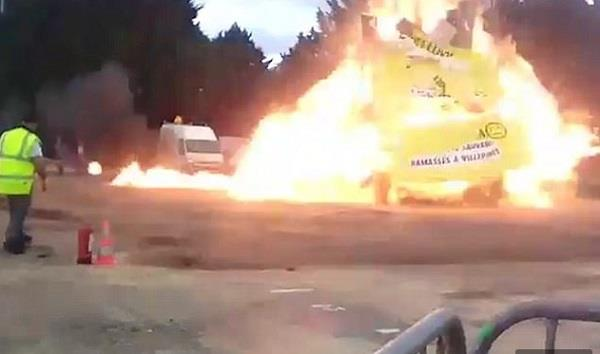 explosion in the yellow carnival of france  18 injured