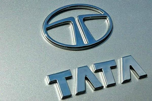 tata motors expects 10 15  growth in cv sales this fiscal