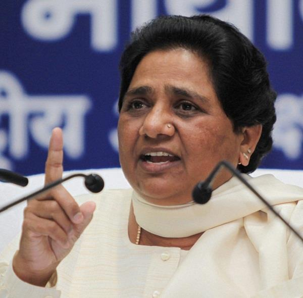 mayawati showed naseemuddin out of uttar pradesh