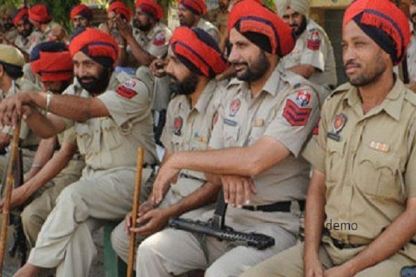 captain removed 376 police personnel from his security