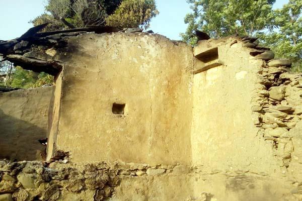 terrible accident   house change into crematorium  guest burnt alive