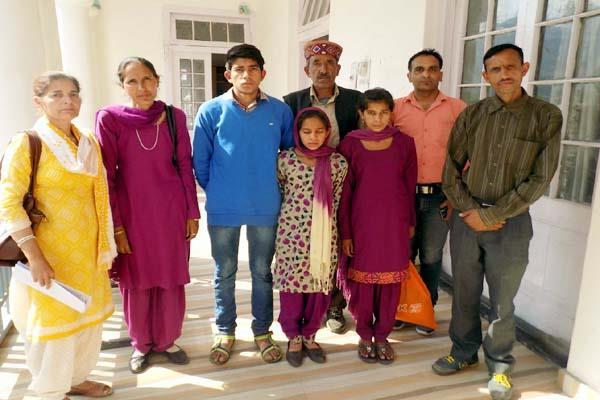 3 child arrived at dc office with father  s complaint  read what is the matter