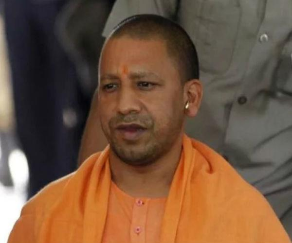 on the violence of saharanpur  congress encircles the yogi government
