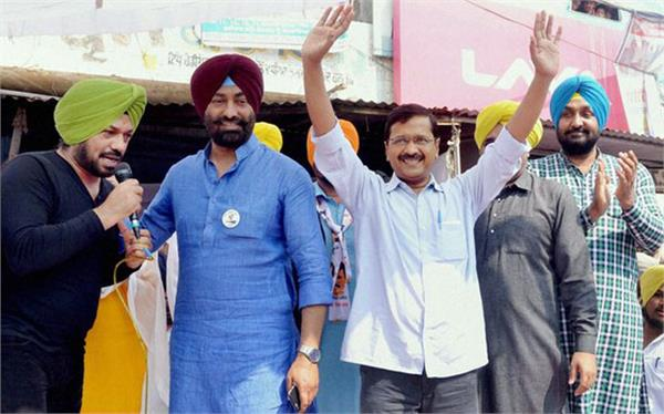 punjab may get blast 11 mlas in touch with bjp