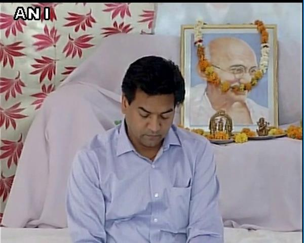 kapil mishra charges kejriwal for false propaganda