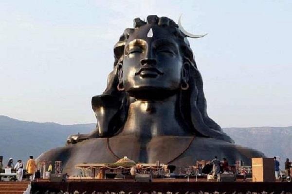the world largest statue of adiyogi lord shiva