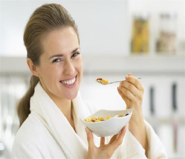 महिलाओं की हर समस्या को दूर करते हैं ये आहार