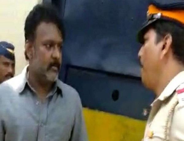 mumbai jailed former mla ramesh kadam abuses cop