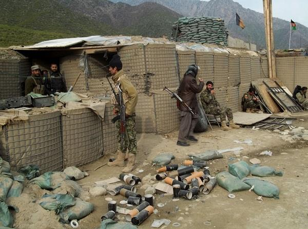 15 killed in taliban attack on afghanistan army camp