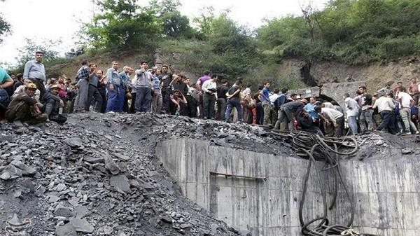iran coal mine blast kills 35