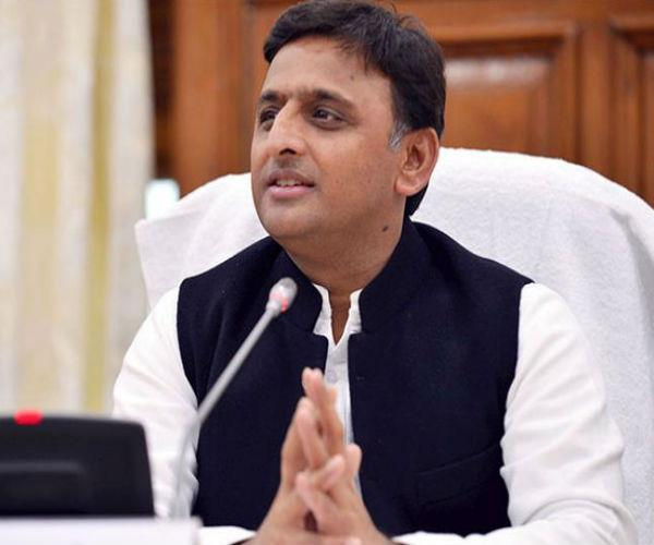 akhilesh government spent 15 crore to distribute unemployment allowance of 20 cr