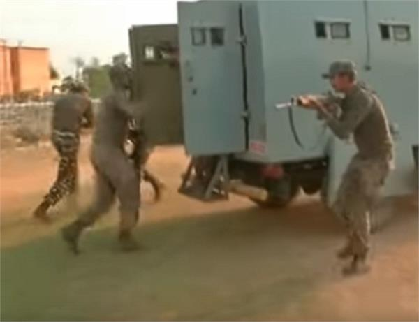 special training programme to tackle stone pelters held for crpf soldiers