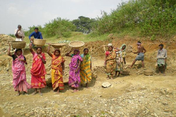 govt to rework baseline for paying mnrega wages