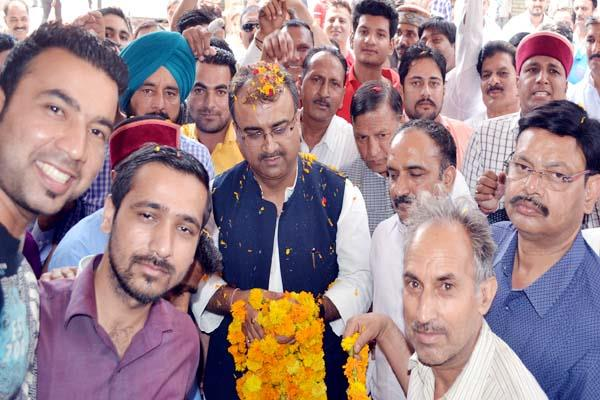 congress does not touch tenth figure in himachal   mangal pandey