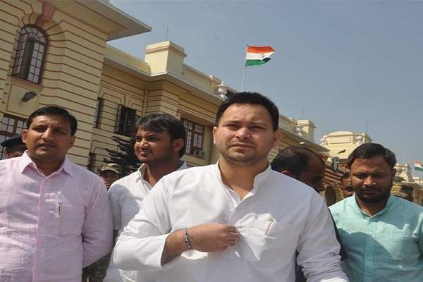 tejasvi yadav on the media over the question of corruption