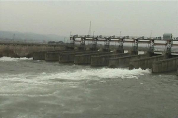 half a dozen villages become an island after lifting the bridge