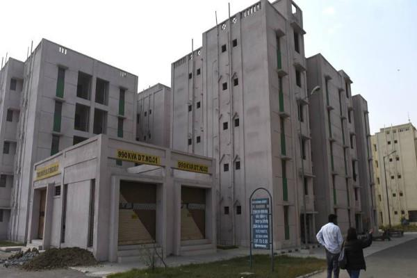 about 12 thousand flats in dda housing