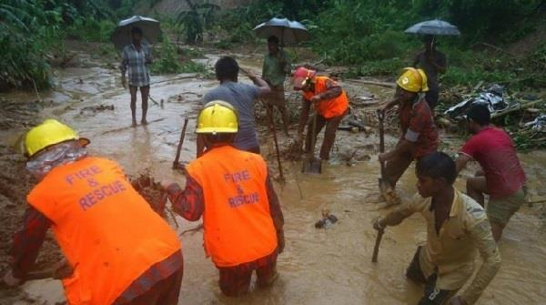 landslide again in bangladesh  5 people died