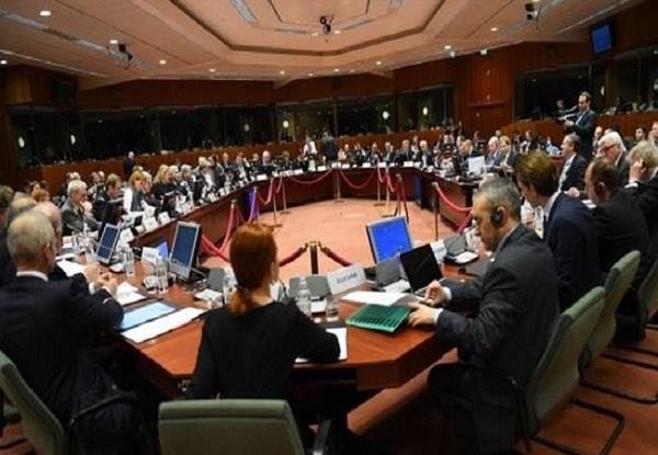 eu officially extends russia sanctions by six months