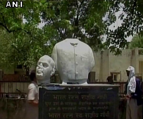 rajiv gandhi  s statue found in the drain  flames congress